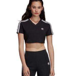 NWT Adidas classics cropped v-neck black/white tee